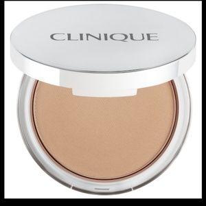 Clinique stay matte powder 101 invisible matte